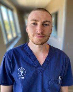Dr-Niels-Gomes équipe vétérinaire Languedocia