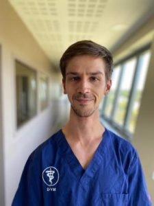 Dr Martin Esnault-Hugunard équipe vétérinaire Languedocia